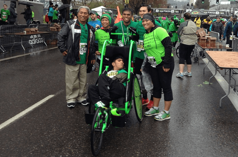 Portland Shamrock Run racers in green